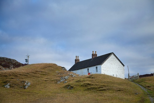 Achmelvich Youth Hostel in the dunes