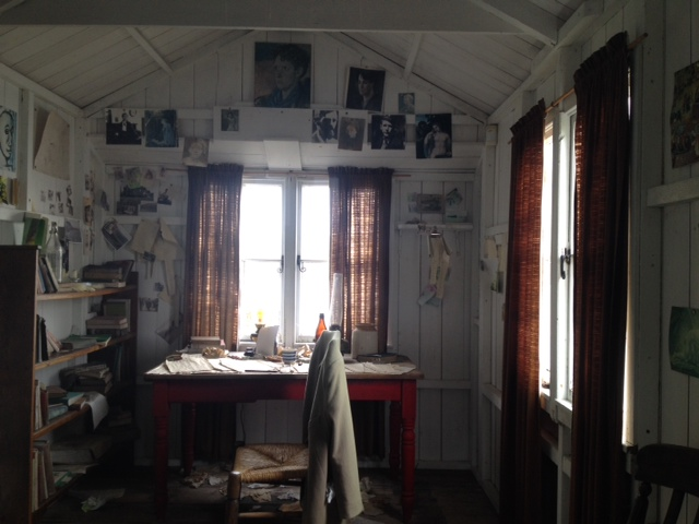 Nipped to the pub perhaps? Dylan Thomas' writing shed